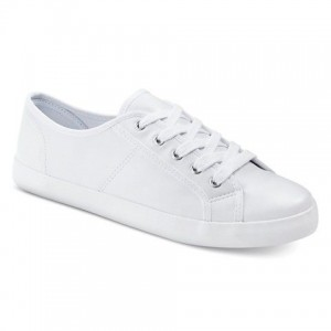 _april-whiteshoes