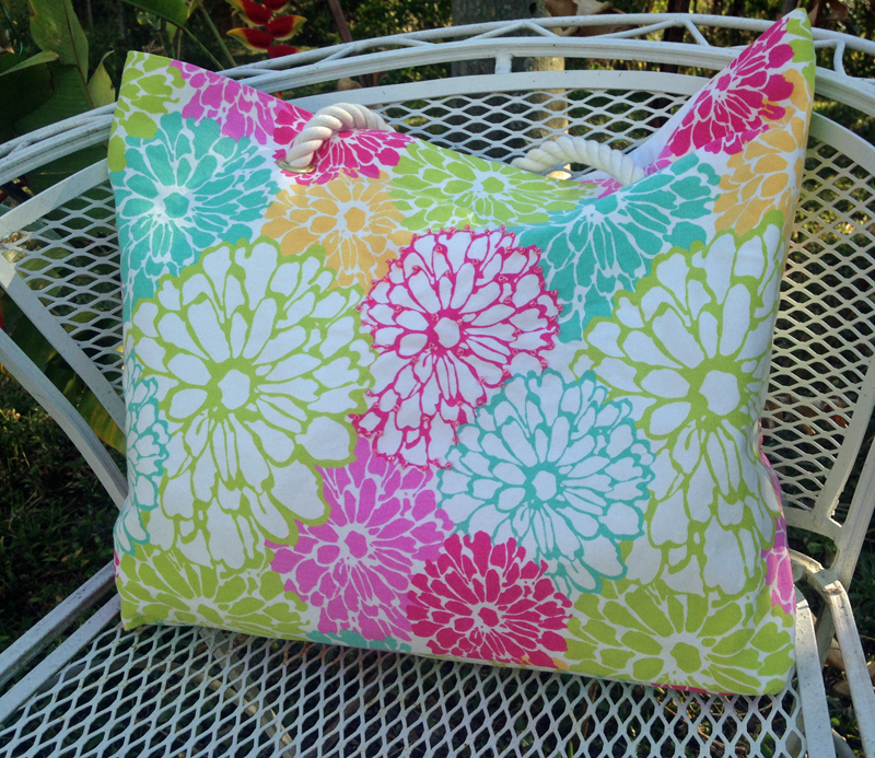 Floral beach bag/tote for weekends or resort vacations