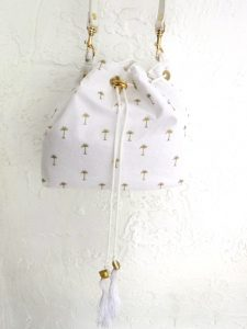 palm tree bucket bag
