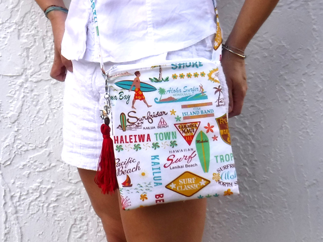Hawaiian print crossbody bag