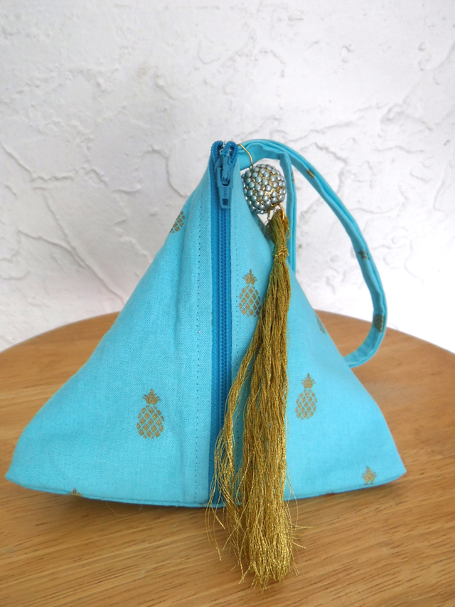 Triangle bags are here!